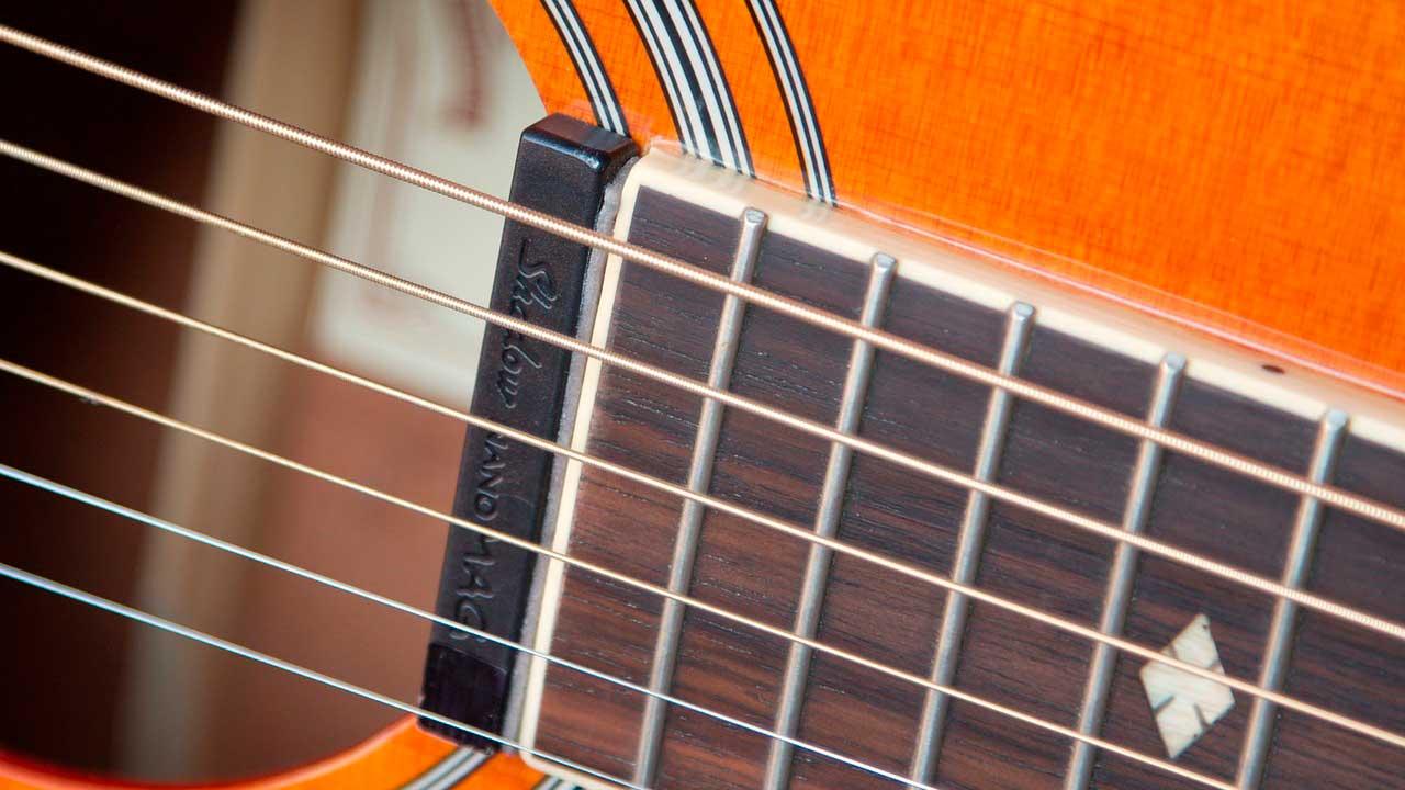 guitare radomisol Pleumeur-Bodou
